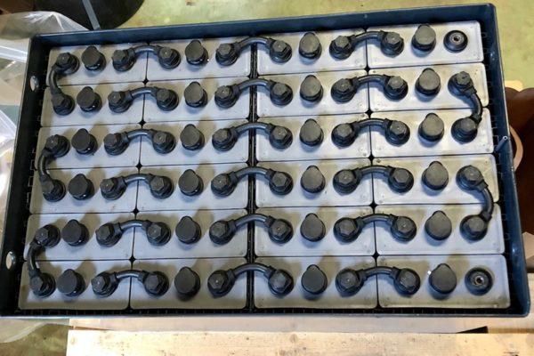 bateria traccion 48v 500 amperios
