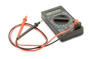 multimetro comprovar baterias e amperes