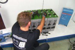 montagem de bateria solar topzs