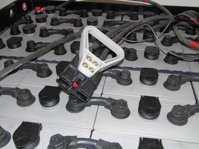 conector bateria traccion 80v 775ah
